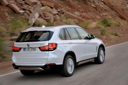 BMW X5 (F15): вид сзади