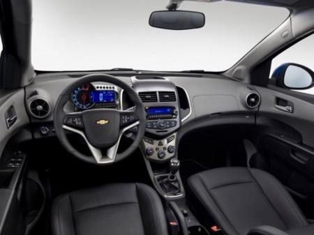 Chevrolet Aveo 2:  салон