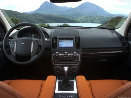 Land Rover Freelander 2 (2013): салон