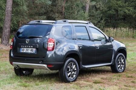 Renault Duster 2014: вид сзади