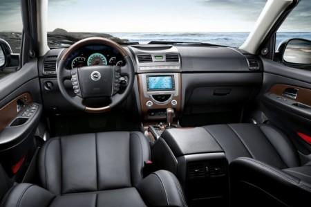 SsangYong Rexton W 2: салон