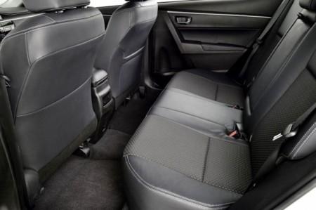 Toyota Corolla 11: интерьер