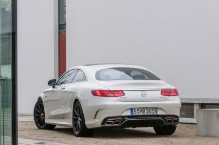 Мерседес S63 AMG Купе: вид сзади