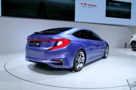 Honda Concept B: вид сзади