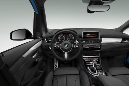 BMW 2-Series Grand Tourer салон