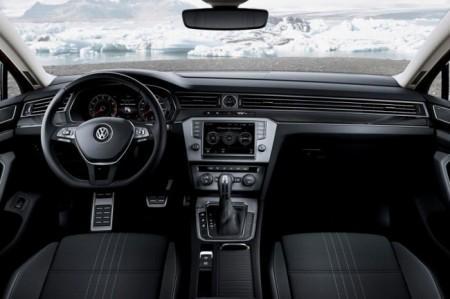 Volkswagen Passat Alltrack B8 салон