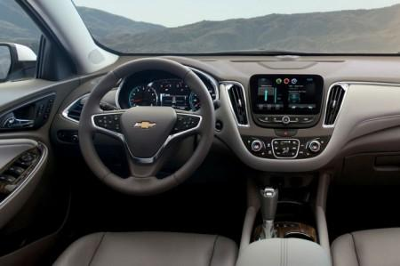 Chevrolet Malibu салон