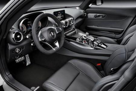 тюнинг салона Mercedes-AMG GT S от Brabus