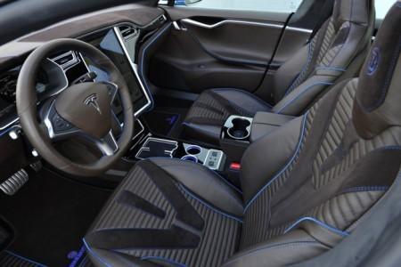 Tesla Model S - тюнинг салона от Brabus