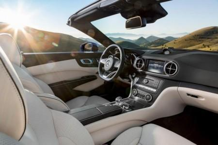 Mercedes SL 2016 - салон