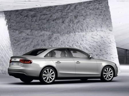 Audi A4: вид сбоку