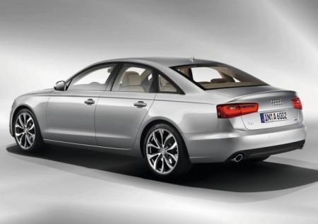 Audi A6 (C7): вид сзади