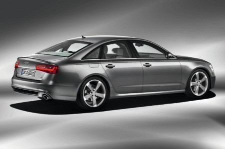Audi A6 (C7): вид сбоку