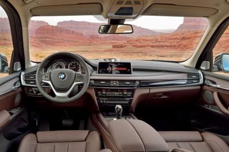 BMW X5 (F15): салон