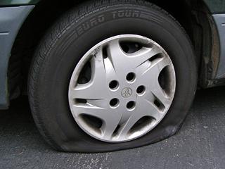 Как контролировать давление в шинах