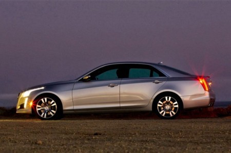 Cadillac CTS 3 (2014): вид сбоку