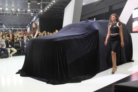 Cadillac Escalade 4 под шатром на ММАС-2014