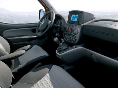 Fiat Doblo Panorama: салон