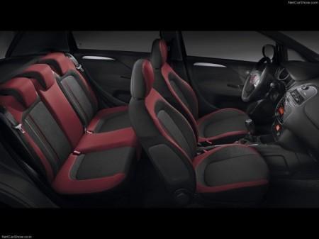 Fiat Punto: интерьер