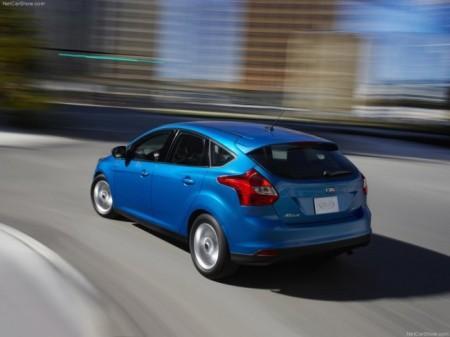 Ford Focus 3 хэтчбек: вид сзади