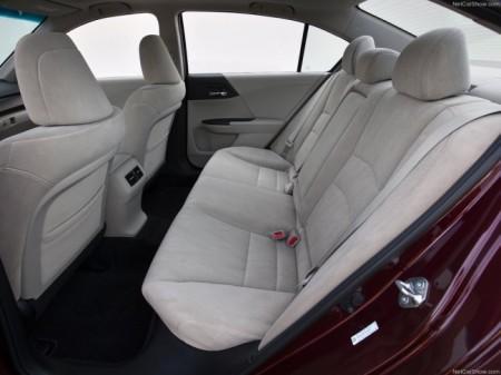 Honda Accord 9: интерьер