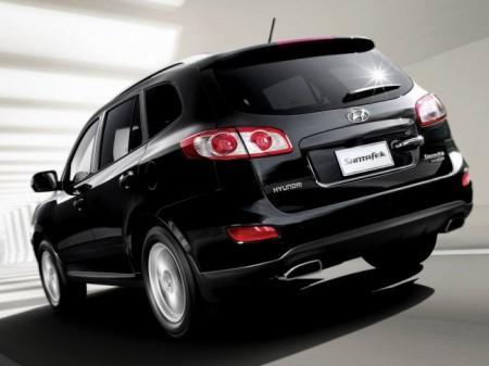 Hyundai Santa Fe 2: вид сзади