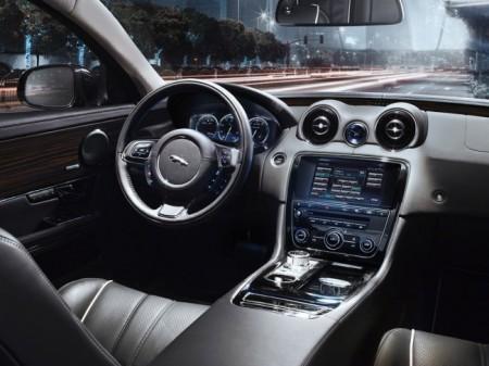 Jaguar XJ 2014: салон