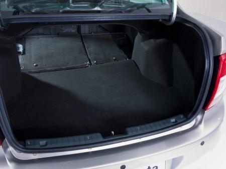 Lada Granta: багажник