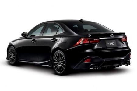 Lexus IS F Sport от TRD: вид сзади
