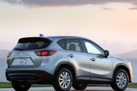 Mazda CX-5: вид сзади