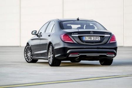 Mercedes S-Class W222: вид сзади