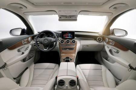 Mercedes C-Class W205: салон