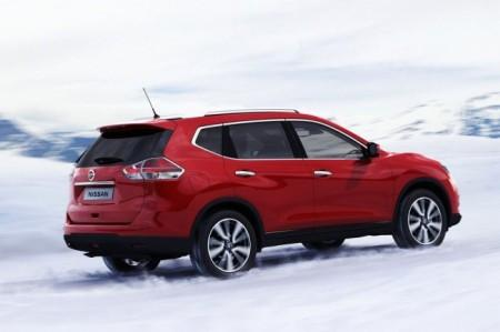 Nissan X-Trail 3: вид сзади