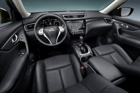Nissan X-Trail 3: салон