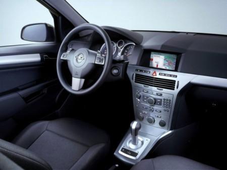 Opel Astra H (Family): салон