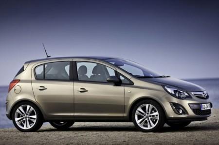 Opel Corsa D 4: вид сбоку