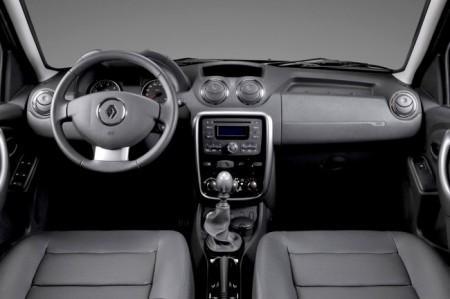 Renault Duster: салон