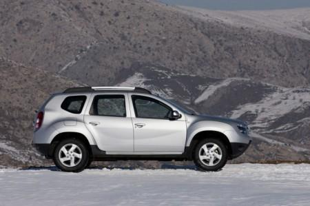 Renault Duster: вид сбоку