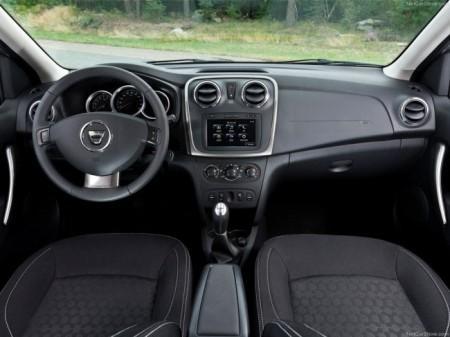 Renault Logan 2: салон