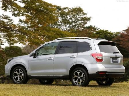 Subaru Forester 4: вид сбоку