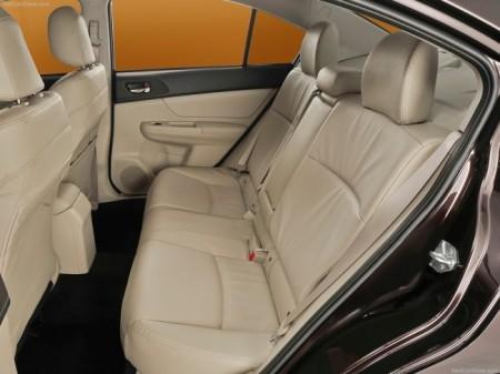 Subaru Impreza 4: интерьер
