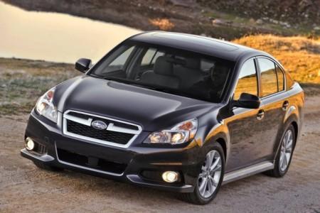 Subaru Legacy 5 (2013): вид спереди