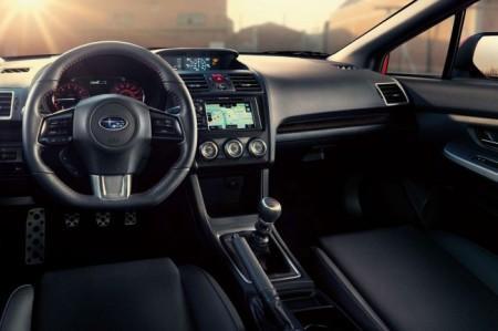 Subaru WRX 4 (2014): салон