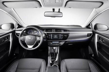Toyota Corolla 11: салон