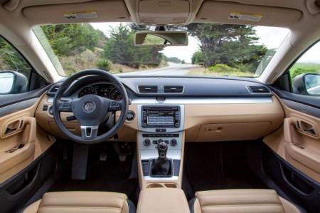 Volkswagen Passat CC: салон