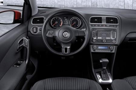 Volkswagen Polo 5: салон