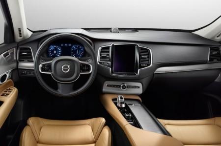 Volvo XC90 2: салон