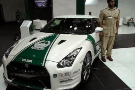 Автомобили полиции Дубая - Bugatti Veyron и другие6