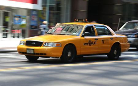 Пять знаменитых марок автомобилей, занятых в такси3