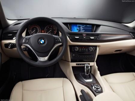 BMW X1 (E84): салон